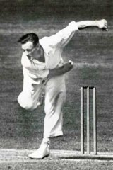 Sam Loxton in his playing days.