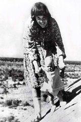 Lindy Chamberlain and Azaria.