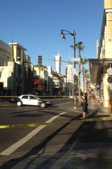 A bomb scare has forced the evacuation of an LA block.