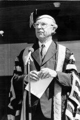 Sir Garfield Barwick.