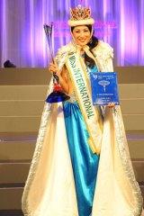 Ikumi Yoshimatsu is crowned Miss International Japan in 2012.
