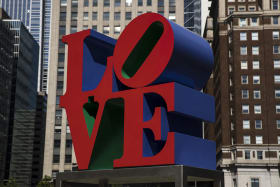 Artist Robert Indiana, known for 'LOVE' series, dies at 89
