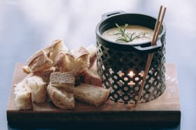 How to fondue-it-yourself the classic Swiss way