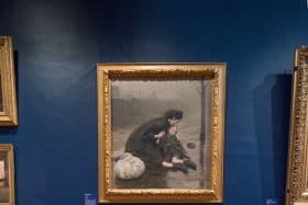 Gabrielle de Vietri's Letters to the Living, 2018, responds to Thomas Kennington's Homeless, 1890.