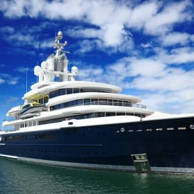 Russian billionaire to lose $637 million yacht in divorce