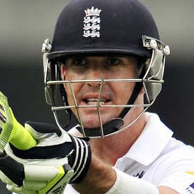 Kevin Pietersen confirms retirement from cricket