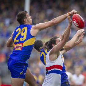 Eagles in hunt for top-two after banishing Dogs