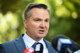 Shadow Treasurer Chris Bowen said he will consider the federal government's proposal to fix WA's return return.