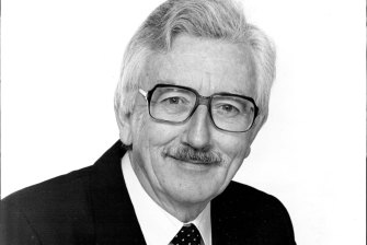Ivan Hutchinson, movie critic and Channel Seven musical director, sang on the original recordings.