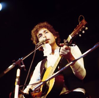 Bob Dylan performing at the Felt Forum in New York in 1974.