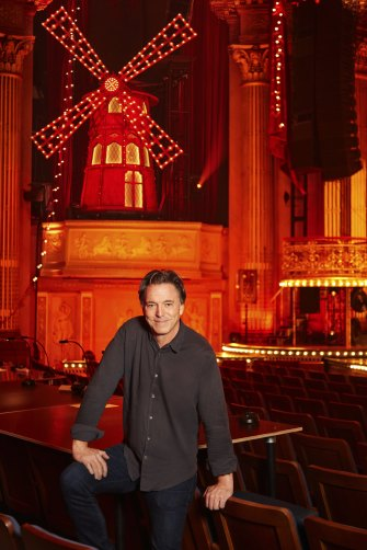 Scenic designer Derek McLane used about 3500 light bulbs to light the set of Moulin Rouge! The Musical!