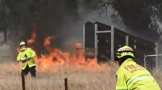 Fires erupted in dozens of locations at the end of last week, including near Lithgow in the Blue Mountains.