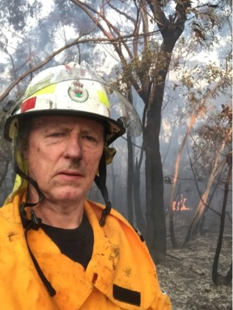 Former Fire and Rescue NSW commissioner Mullins has returned to being a Rural Fire Service volunteer.