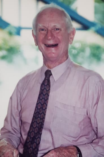 Dr Guy White remained at CSIRO as Chief Research Scientist until his official retirement in 1990.