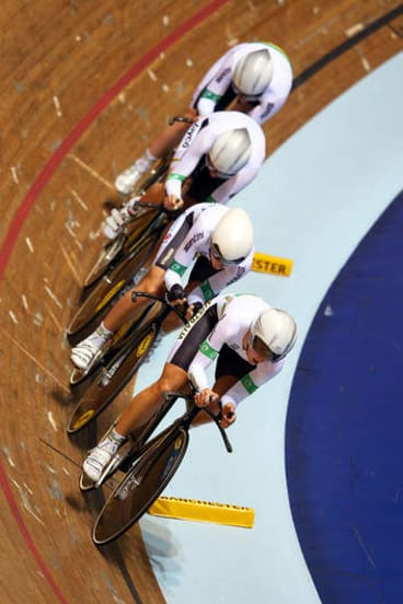 Rebecca Wiasak leads the team during the Women's Team Pursuit.