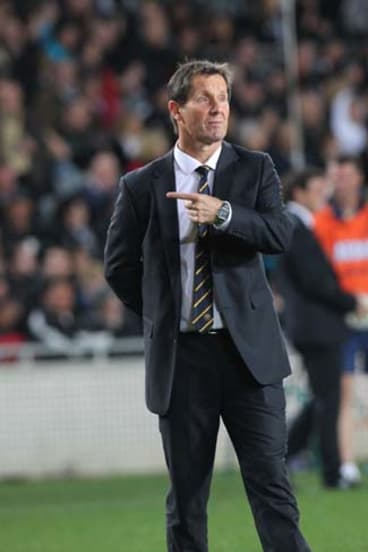 No man is an island ... Robbie Deans on the sideline at Auckland's Eden Park last week.