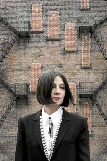 Elusive: Donna Tartt was immersed in the antiques world.