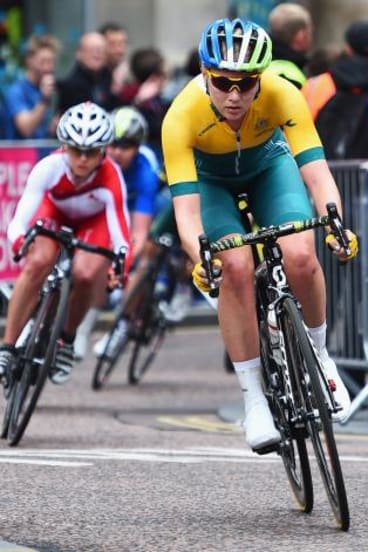 Gracie Elvin rides through Nelson Mandela Place in the women's road race.