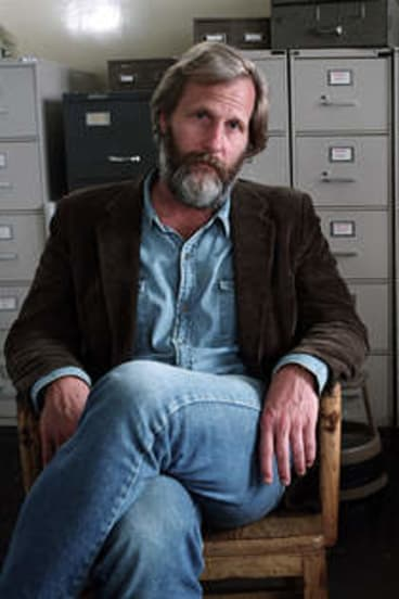 Jeff Daniels and Laura Linney in <i>The Squid and the Whale</i>.