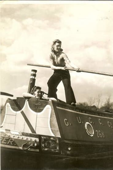 Canal work: Audrey Williams, standing, with Evelyn Hunt aboard Dipper.