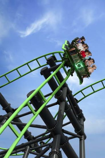 The Green Lantern roller coaster in action at Movie World.