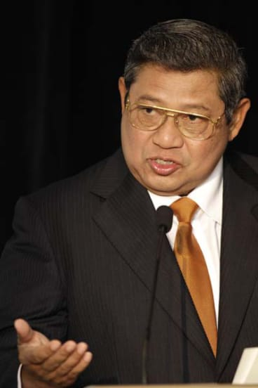Susilo Bambang Yudhoyono's gift to Kevin Rudd a potential quarantine issue.