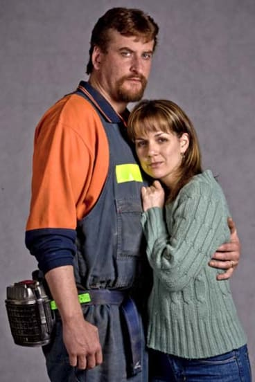 Lachy Hulme and Michala Banas as Todd and Carolyn Russell in <em>Beaconsfield</em>.