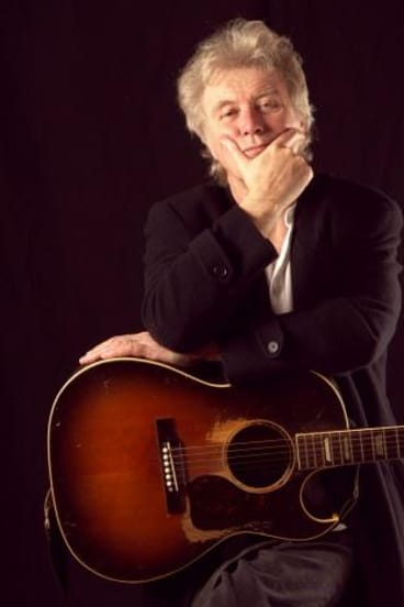 Have guitar, will travel: Ross Ryan is performing in Canberra on November 14 and 15.