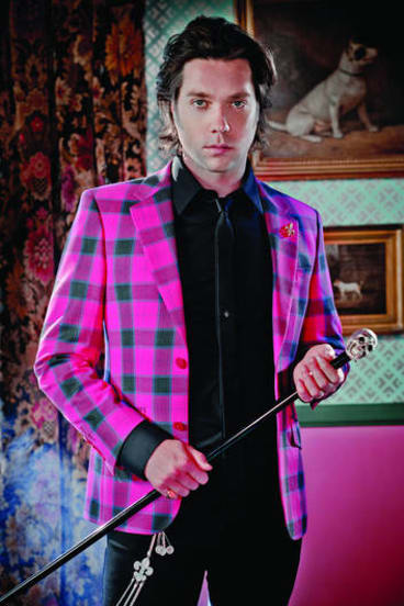 Rufus Wainwright is coming to town.