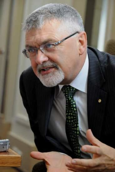 Former PM&C chief Professor Peter Shergold says the government must overhaul the management of indigenous affairs.
