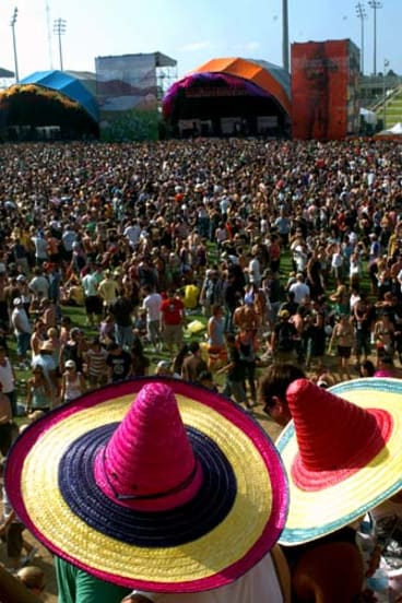 The crowd at Big Day Out in Sydney, 2006.
