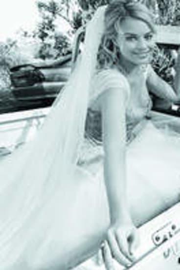 Margot Robbie as Donna Freedman in <i>Neighbours</i>.