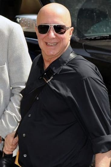 Paul Shaffer visits <i>The Late Show with David Letterman</i> for the final show.