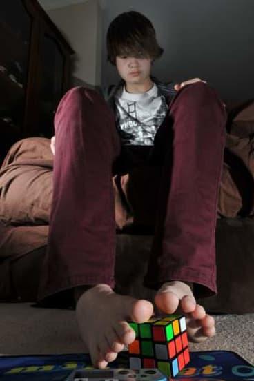 Jayden McNeill 'cubes' with his feet.