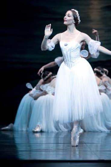 Rachel Rawlins in <em>Les Sylphides</em> in 2009.