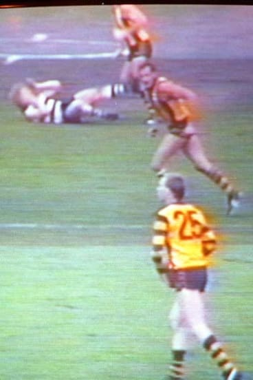Television grab of Hawthorn captain Leigh Matthews breaking Neville Bruns' jaw.