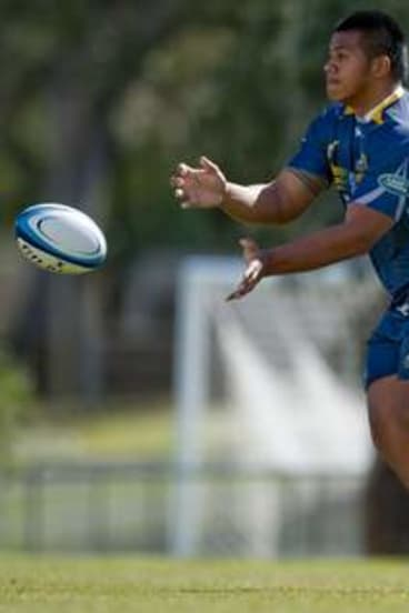 Allan Alaalatoa during Brumbies training at the AIS.