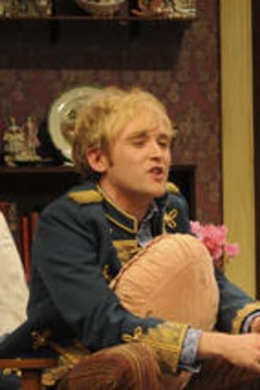 Robin Goldsworthy and Caroline Craig star in <i>Loot</i>.