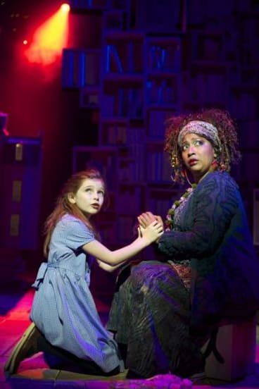 Eleanor Worthington Cox as Matilda and Melanie La Barrie as Mrs Phelps in <i>Matilda The Musical</i>.