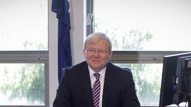 See my desk. Kevin Rudd in his Parliament House office. Photo: Andrew Meares