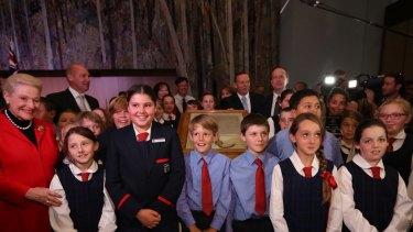 Prime Minister Tony Abbott, Opposition Leader Bill Shorten, Madam Speaker Bronwyn Bishop and Senate President Senator Stephen Parry pose with students from Boggabri.