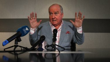 'Unacceptable' ... Alan Jones makes a public apology to the Prime Minister.