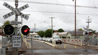 A rail lobby group wants drivers to be more responsible around level crossings.