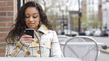 Negative reviews by smartphone-wielding diners are hurting reputations.