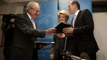 Kevin McCann, deputy opposition leader Julie Bishop and Opposition Leader Tony Abbott discuss the New Colombo Plan.