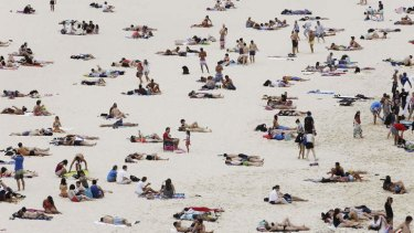 Beach weather: Crowds flocked to Bondi Beach on New Year's Day. It's not yet known whether 2014 will be an El Nino year.