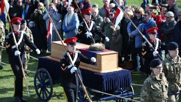 LEICESTER, ENGLAND - MARCH 22:  The coffin containing the remains of King Richard III arrives at Bosworth Battlefield Heritage Centre on March 22, 2015 near Leicester, England. The skeleton of Richard III was discovered in 2012 in the foundations of Greyfriars Church, Leicester, 500 years after he was killed at the Battle of Bosworth Field. Richard IIIs casket will lie inside Leicester Cathedral for public viewing until 26 March when he will be reinterred during a service attended by members of the royal family.  (Photo by Peter Macdiarmid/Getty Images)