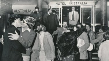 Melbourne, 1979. Protesters kiss outside the Australia Hotel after two men were convicted of the charge of offensive behaviour for kissing on the same spot.