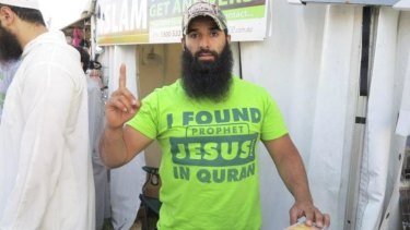Wanted terrorist Mohammad Ali Baryalei working for the Street Dawah movement.