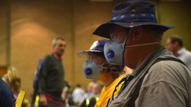 Morwell residents concerned about health risks from smoke and fumes.
